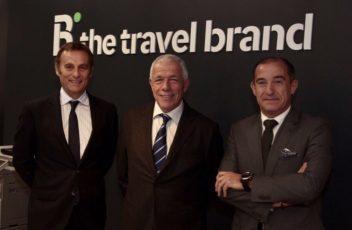 Juan Miguel Morales, director comercial da B the travel brand; Diamantino Pereira, director-geral da Barceló Viajes em Portugal; e Constantino Pinto, responsável da rede de agências em Portugal